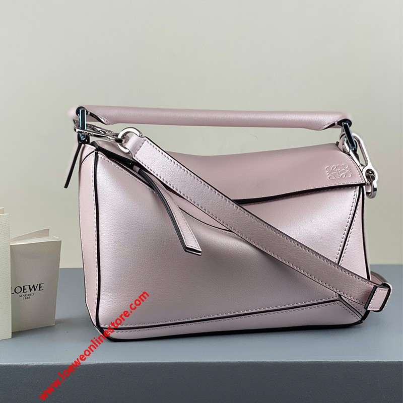 Loewe Small Puzzle Bag Classic Calfskin In Light Pink